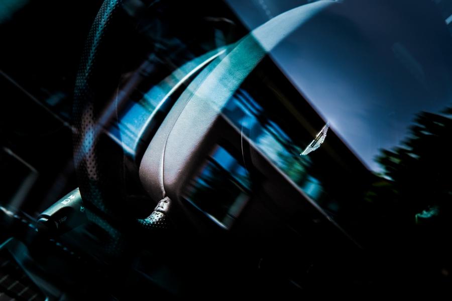 Aston Martin DBS Trouwauto