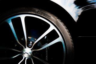 Trouwauto Aston Martin Velg